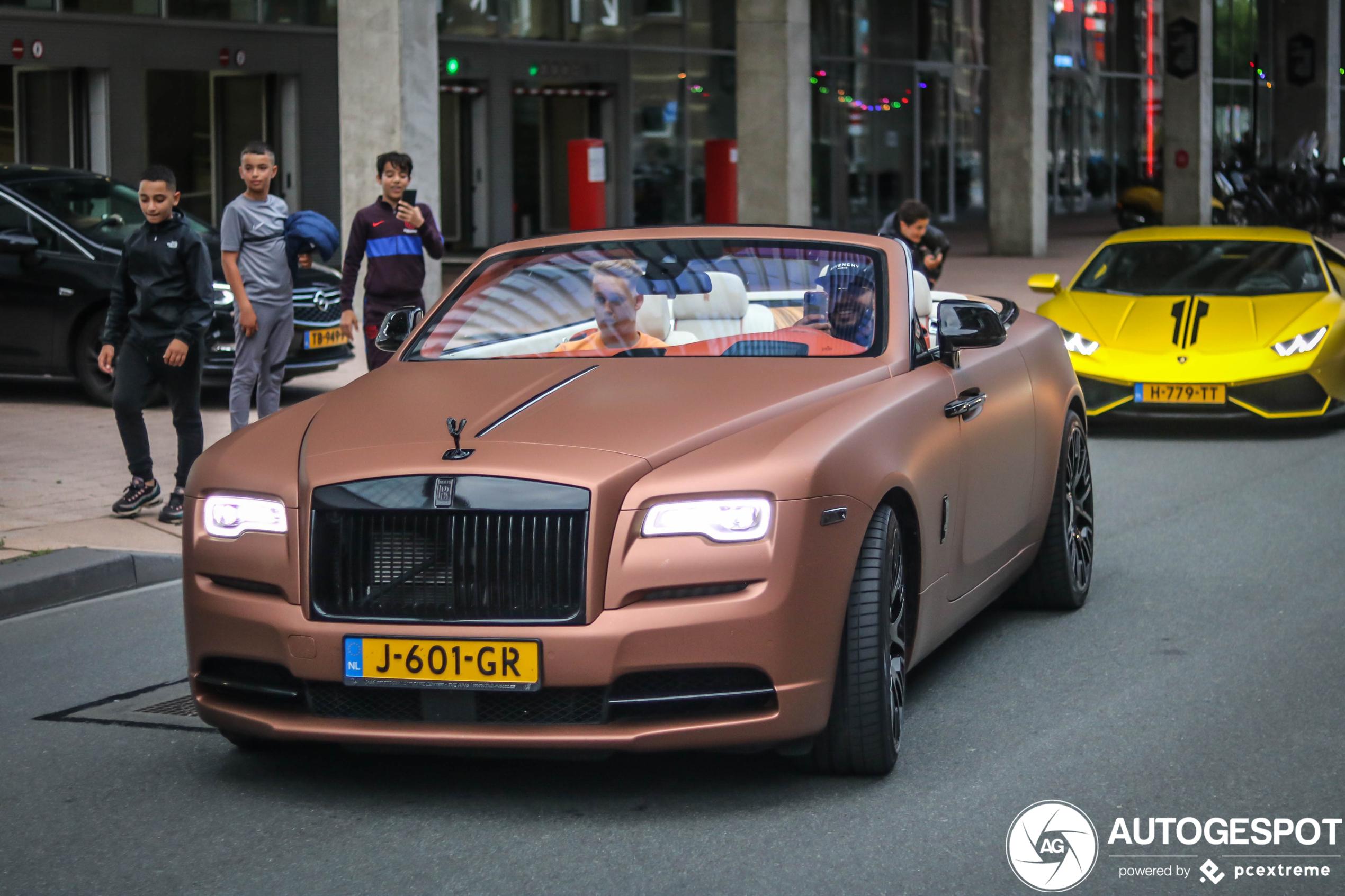 Mobicep is koning te rijk in Rolls-Royce Dawn