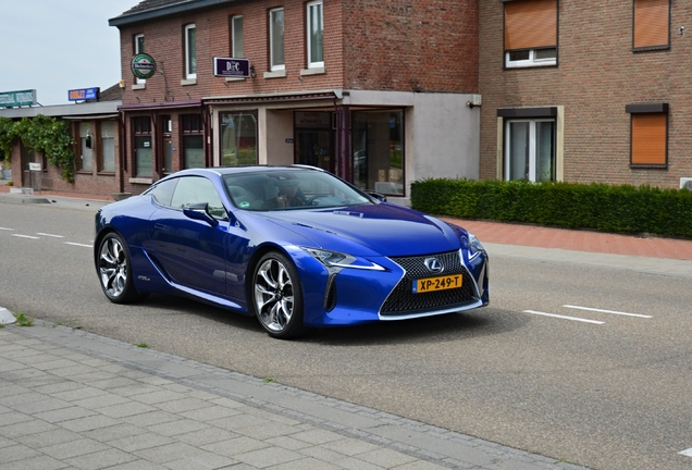 Lexus LC 500h Structural Blue Edition
