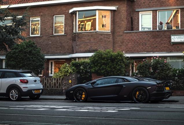 Lamborghini Aventador LP700-4 Vorsteiner V