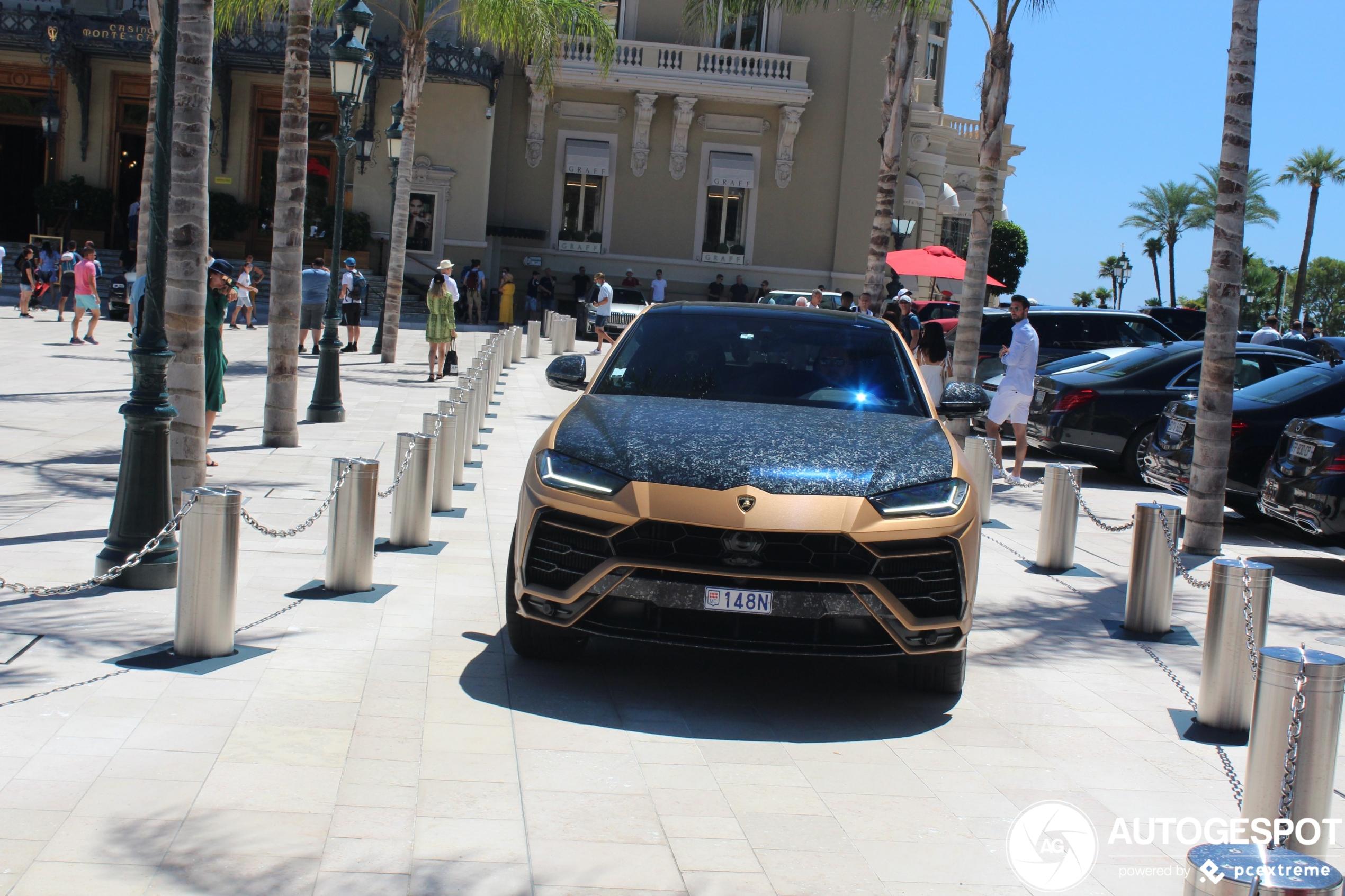 Lamborghini Urus heeft flinke carbon fiber behandeling gekregen