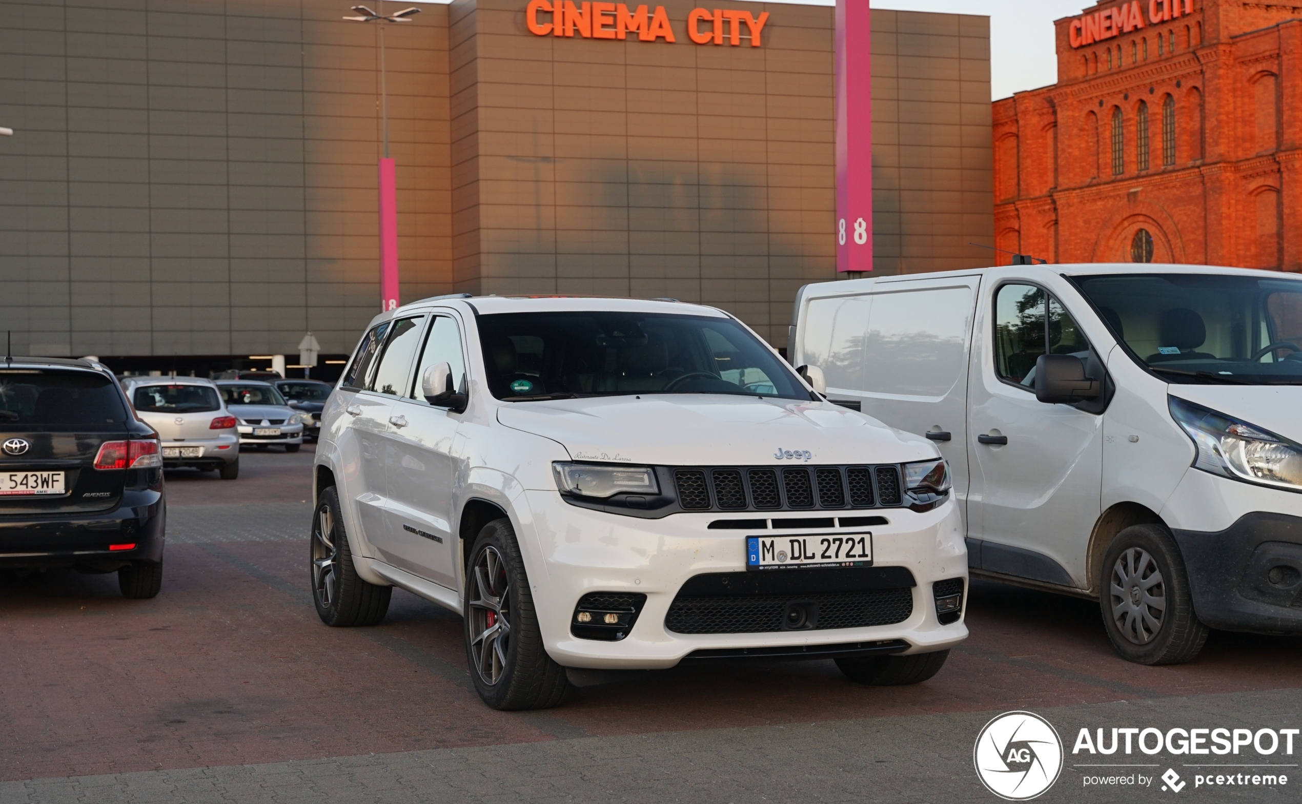 jeep grand cherokee srt 2017 16 august 2020 autogespot autogespot