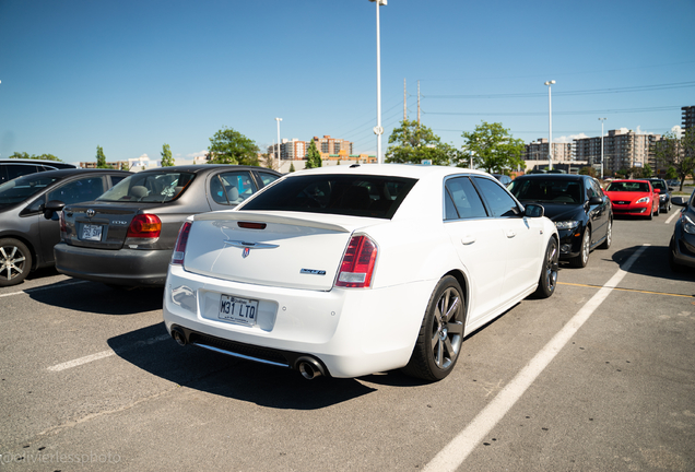 Chrysler 300C SRT8 2013