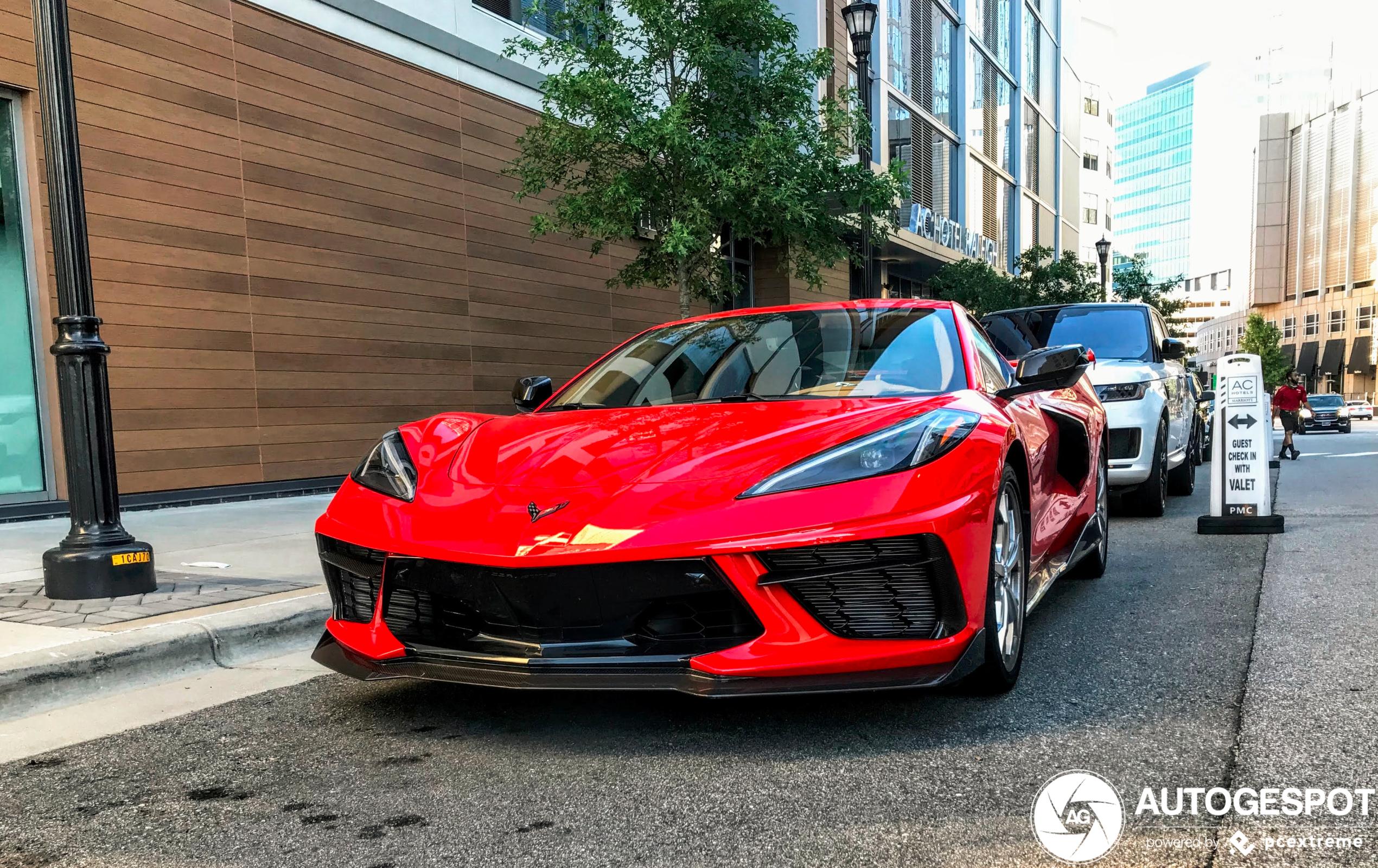 Zo wil je de Corvette C8 voor je deur hebben staan