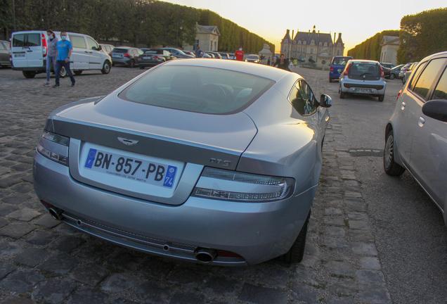 Aston Martin DB9 2010