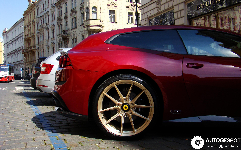 Ferrari GTC4Lusso Novitec Rosso