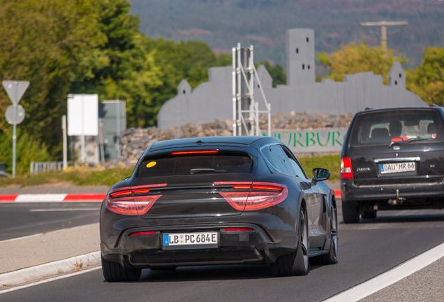 Porsche Taycan Sports Turismo e-Hybrid