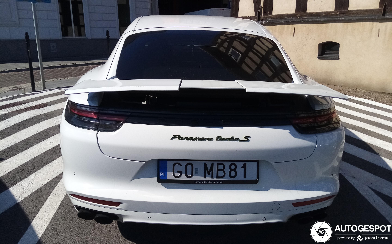 Porsche 971 Panamera Turbo S E-Hybrid