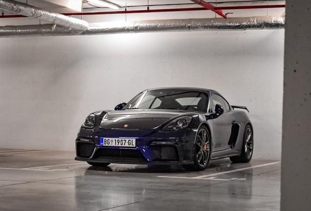 Porsche718 Cayman GT4