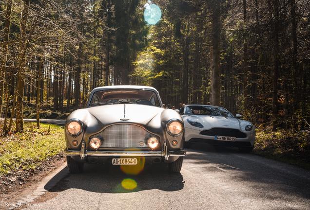 Aston MartinDB11 AMR