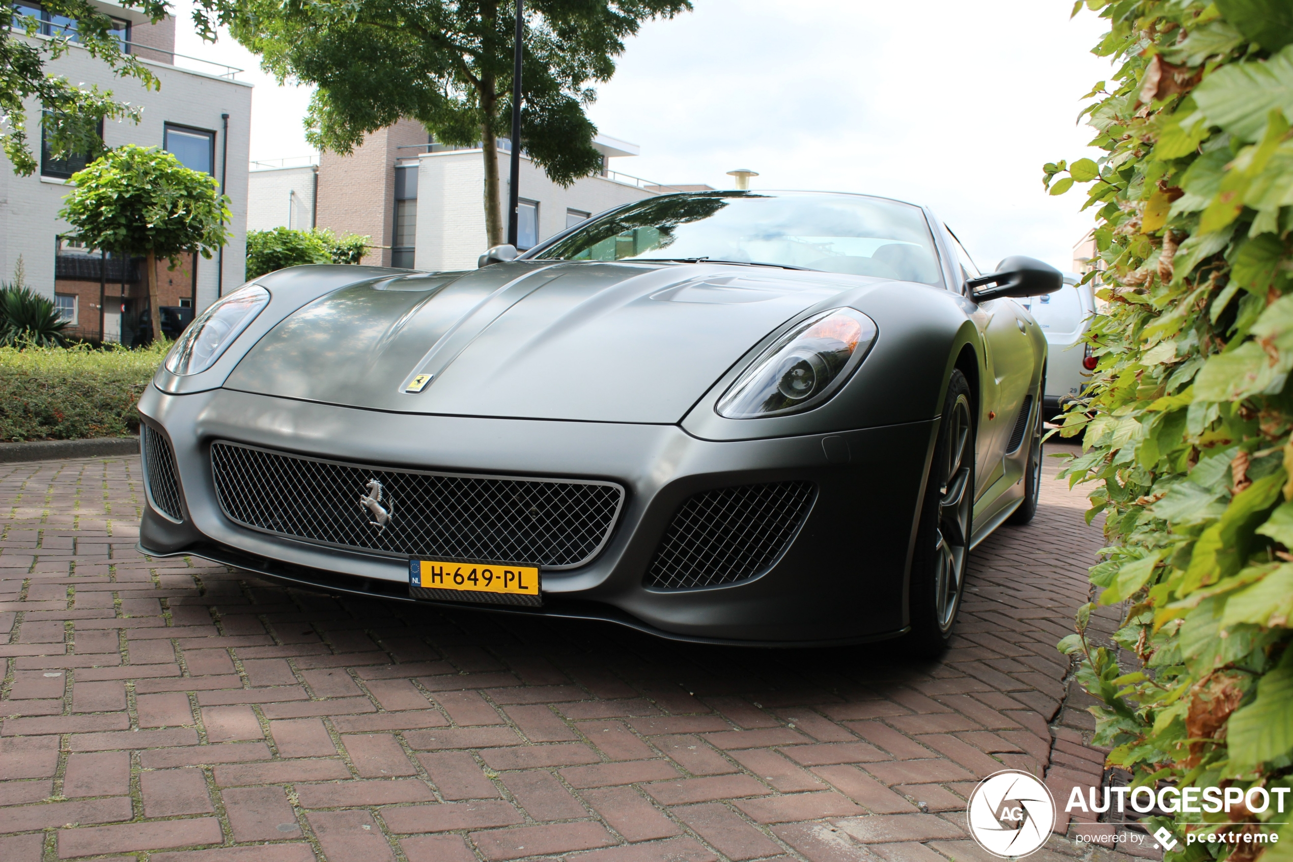 Nederland is weer prachtige Ferrari 599 GTO rijker
