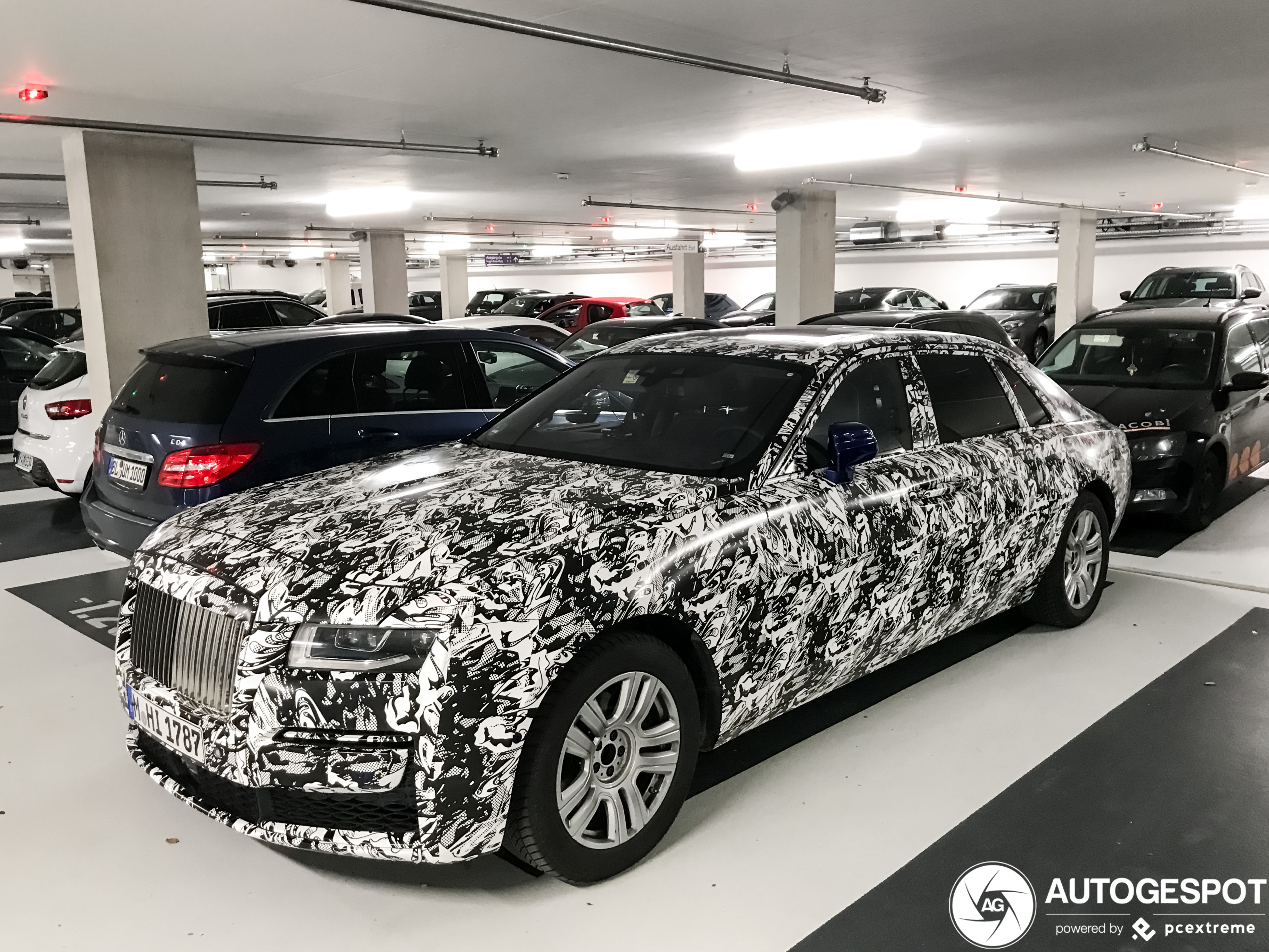 Levert Rolls-Royce deze wrap ook af fabriek?