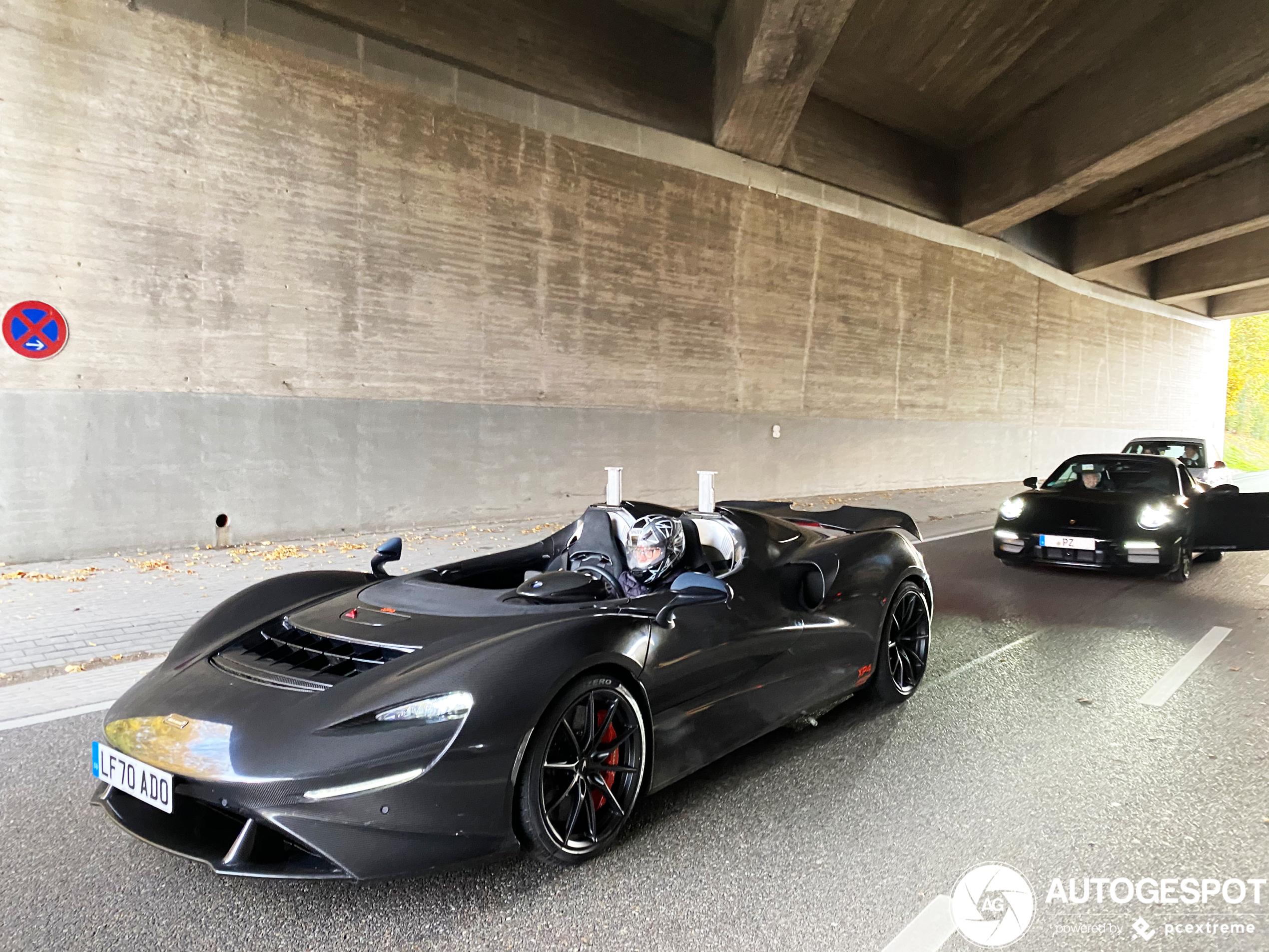 McLaren Elva zonder camouflage gespot!