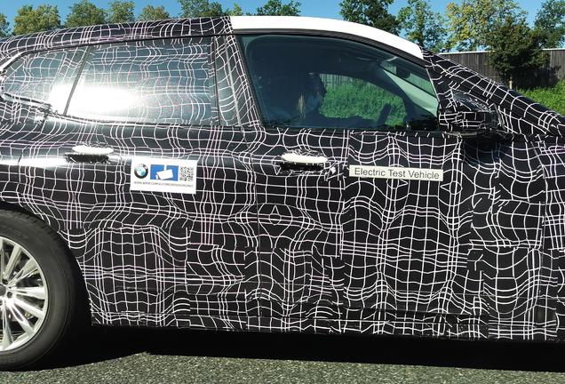 BMW iX i20