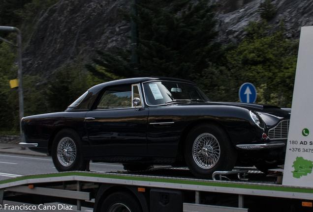 Aston Martin Short-Chassis Volante