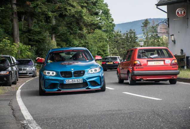 BMW M2 Coupé F87 Versus Performance