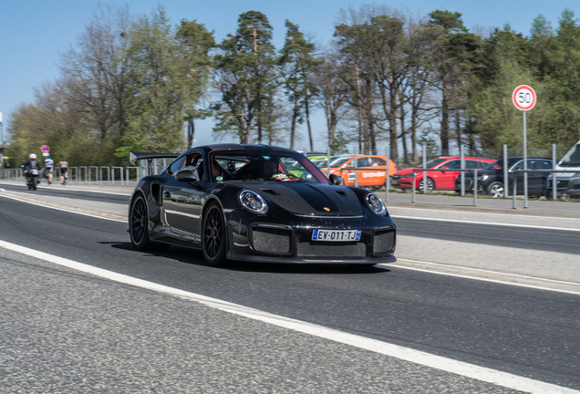 Porsche Manthey Racing 991 GT2 RS MR