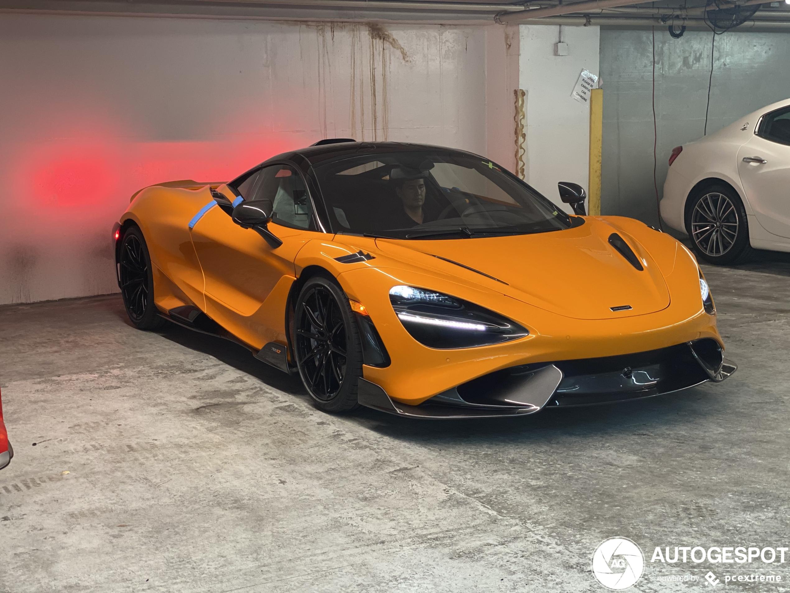 First customer delivered McLaren 765LT spotted!