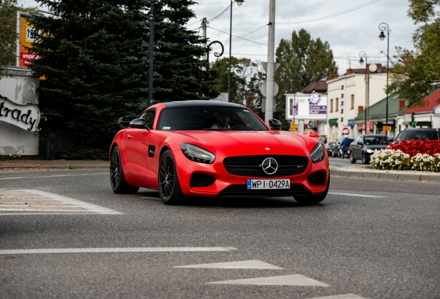 Mercedes-AMGGT C190
