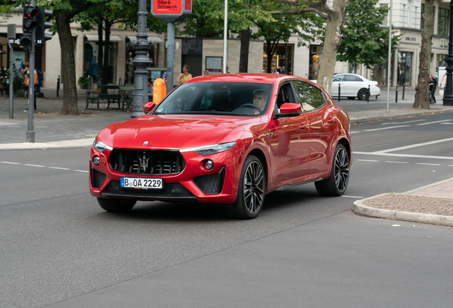 Maserati Levante Trofeo Launch Edition