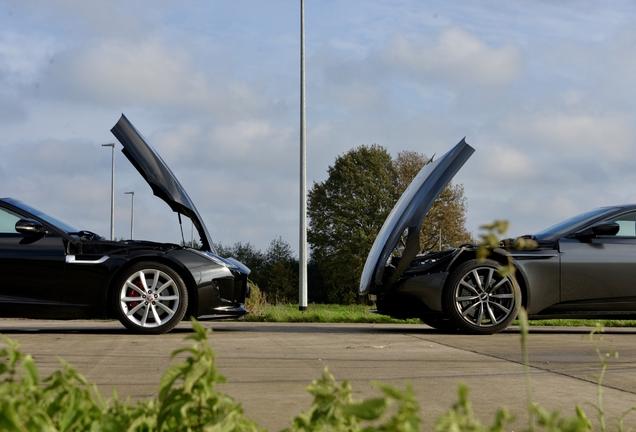 Aston MartinDB11 V8