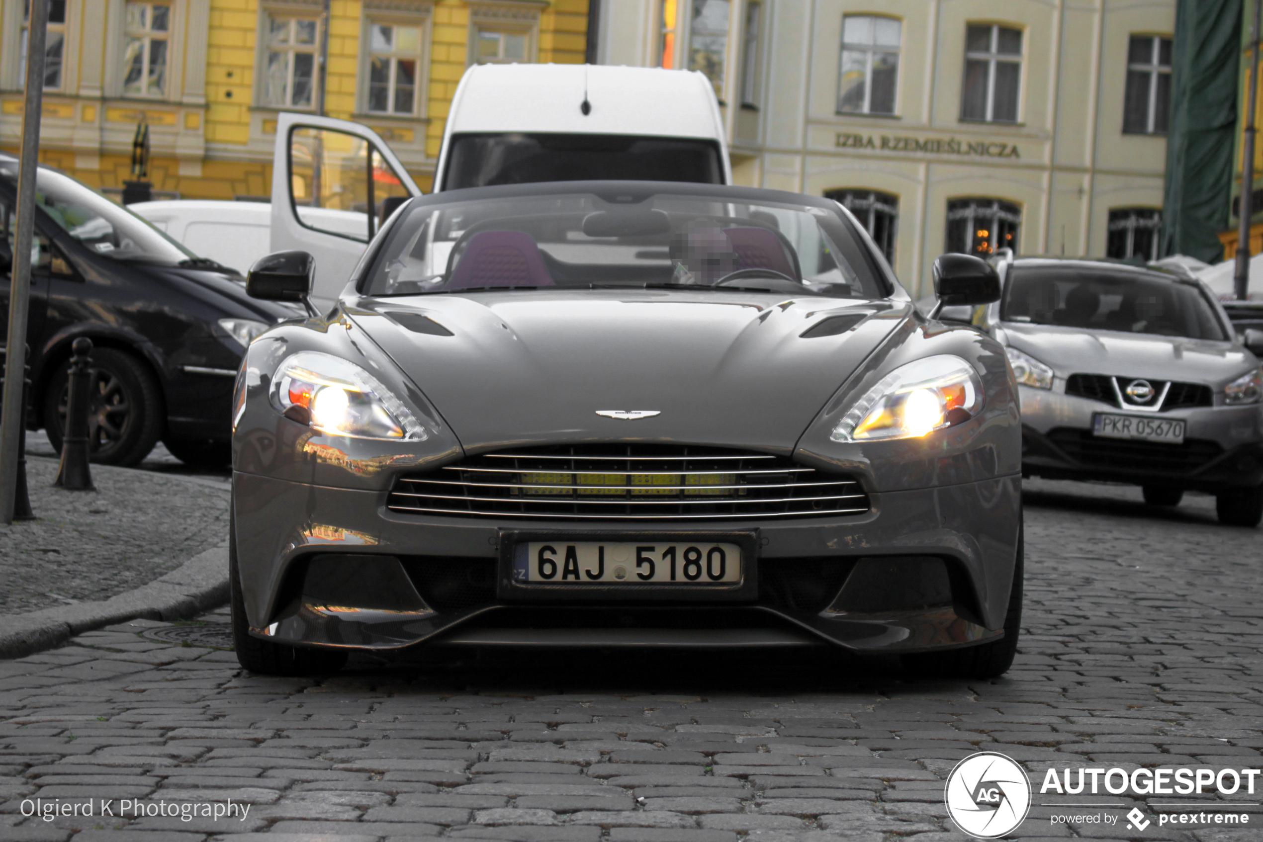 Aston MartinVanquish Volante 2015 Carbon Edition