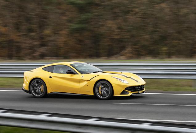 FerrariF12berlinetta