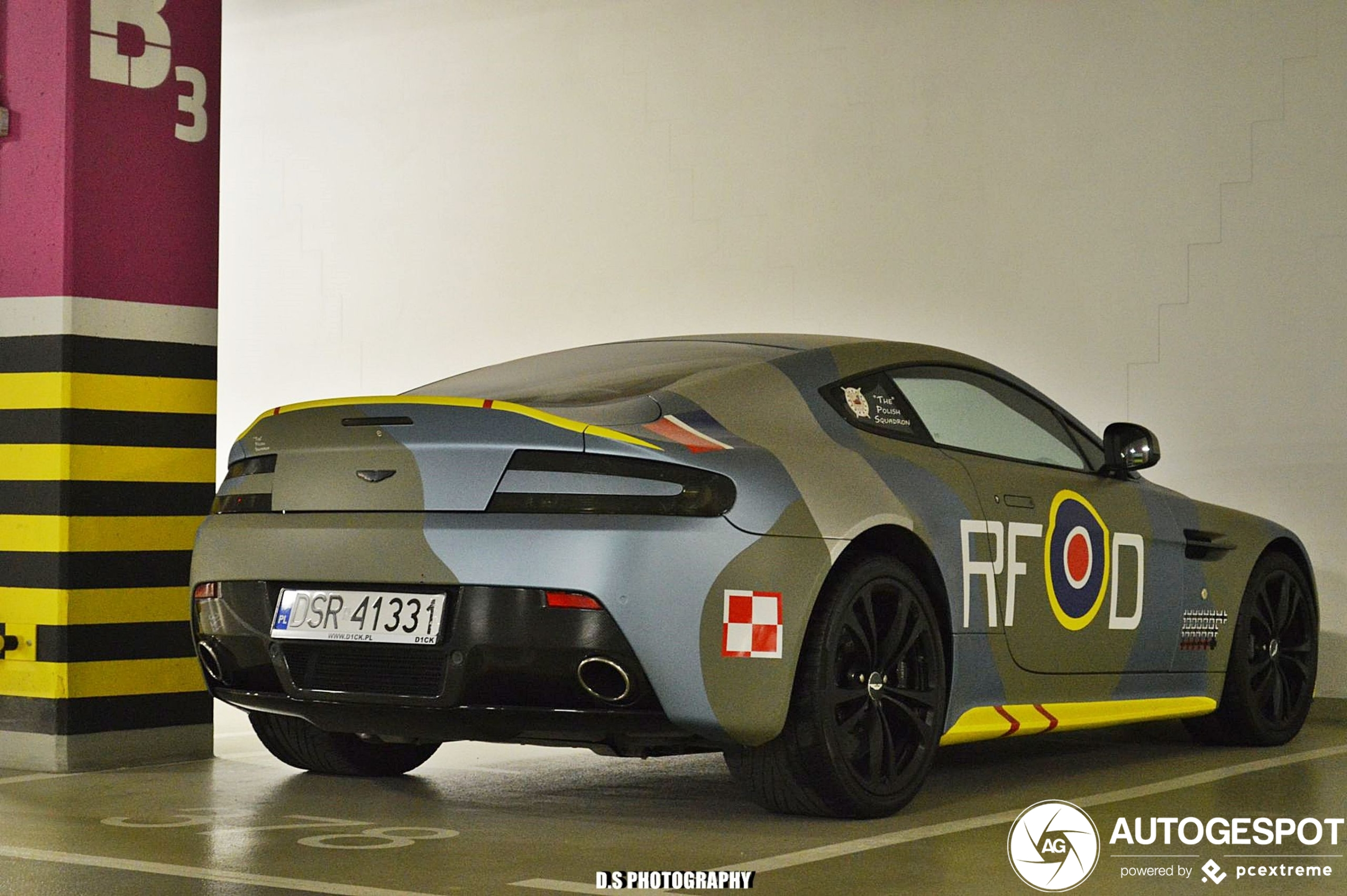 Aston Martin V12 Vantage Carbon Black Edition 9 December 2020 Autogespot