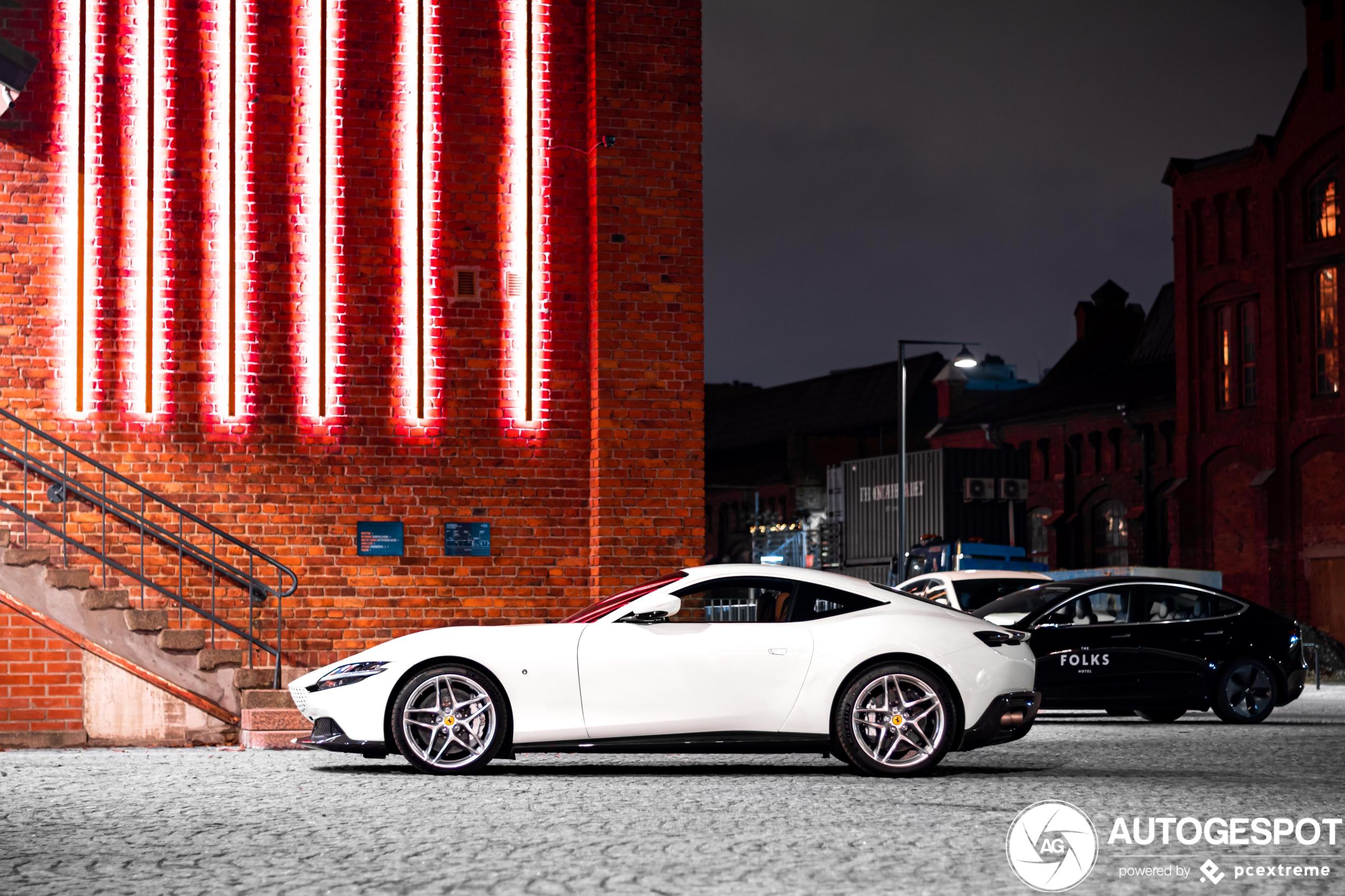 Ferrari Roma doet het goed in de nacht
