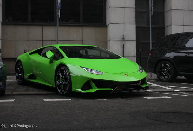 Lamborghini Huracán LP640-4 EVO