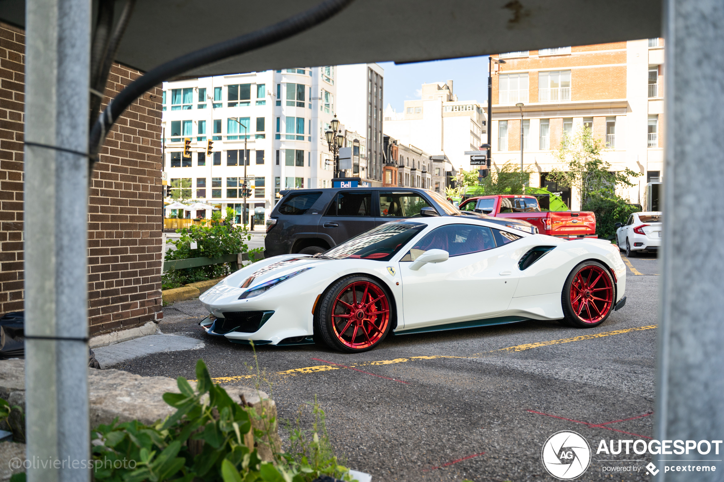 Ferrari 488 Pista wearing the Christmas colors