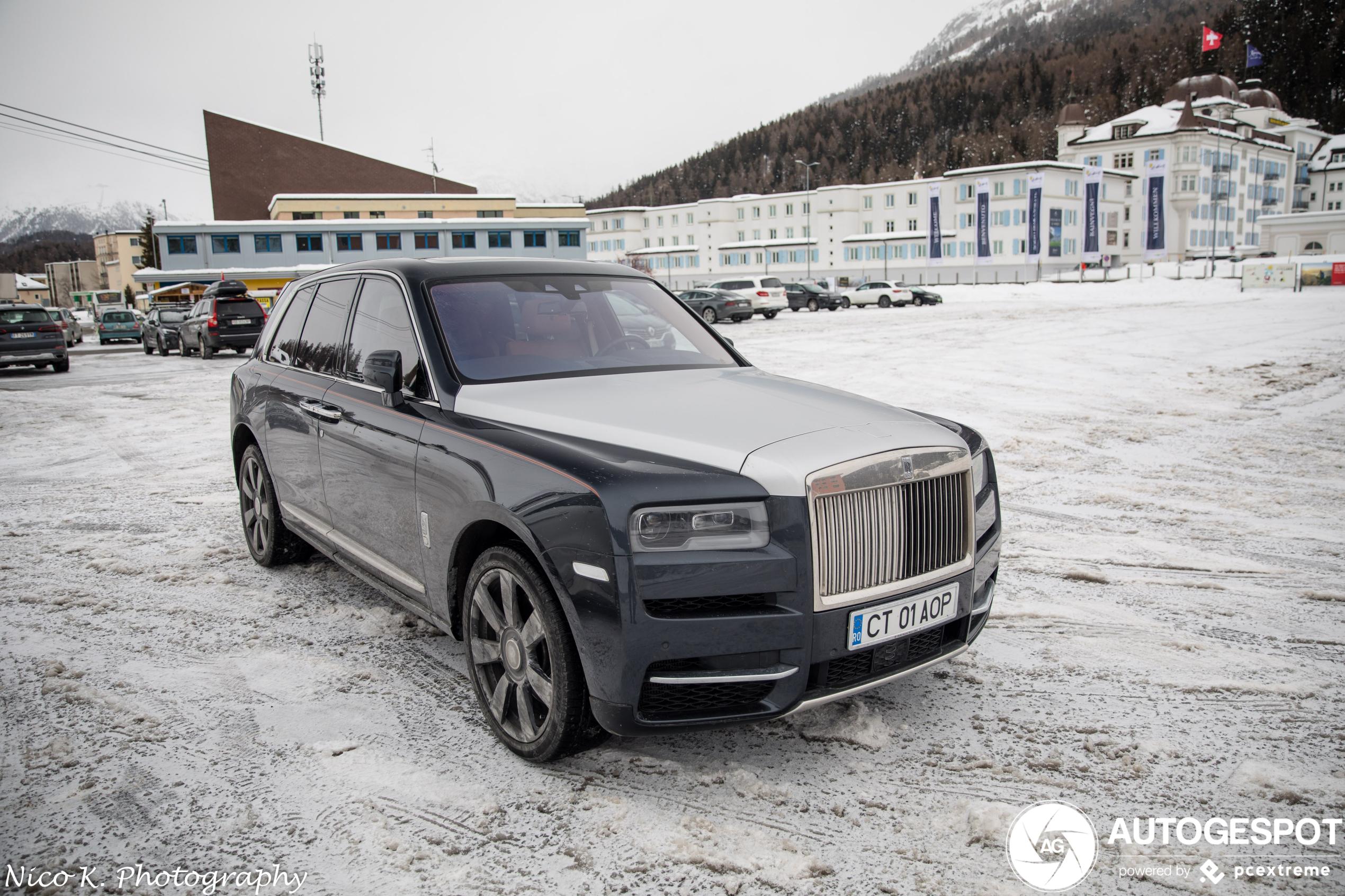 Rolls-Royce Cullinan heeft geen moeite met de sneeuw