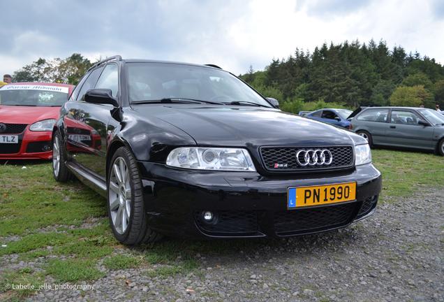 Audi RS4 Avant B5