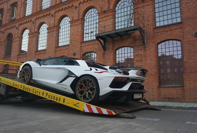Lamborghini Aventador LP770-4 SVJ Roadster
